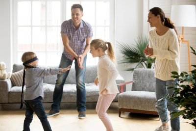Çocuğunuzla Evde Oynayabileceğiniz Oyunlar