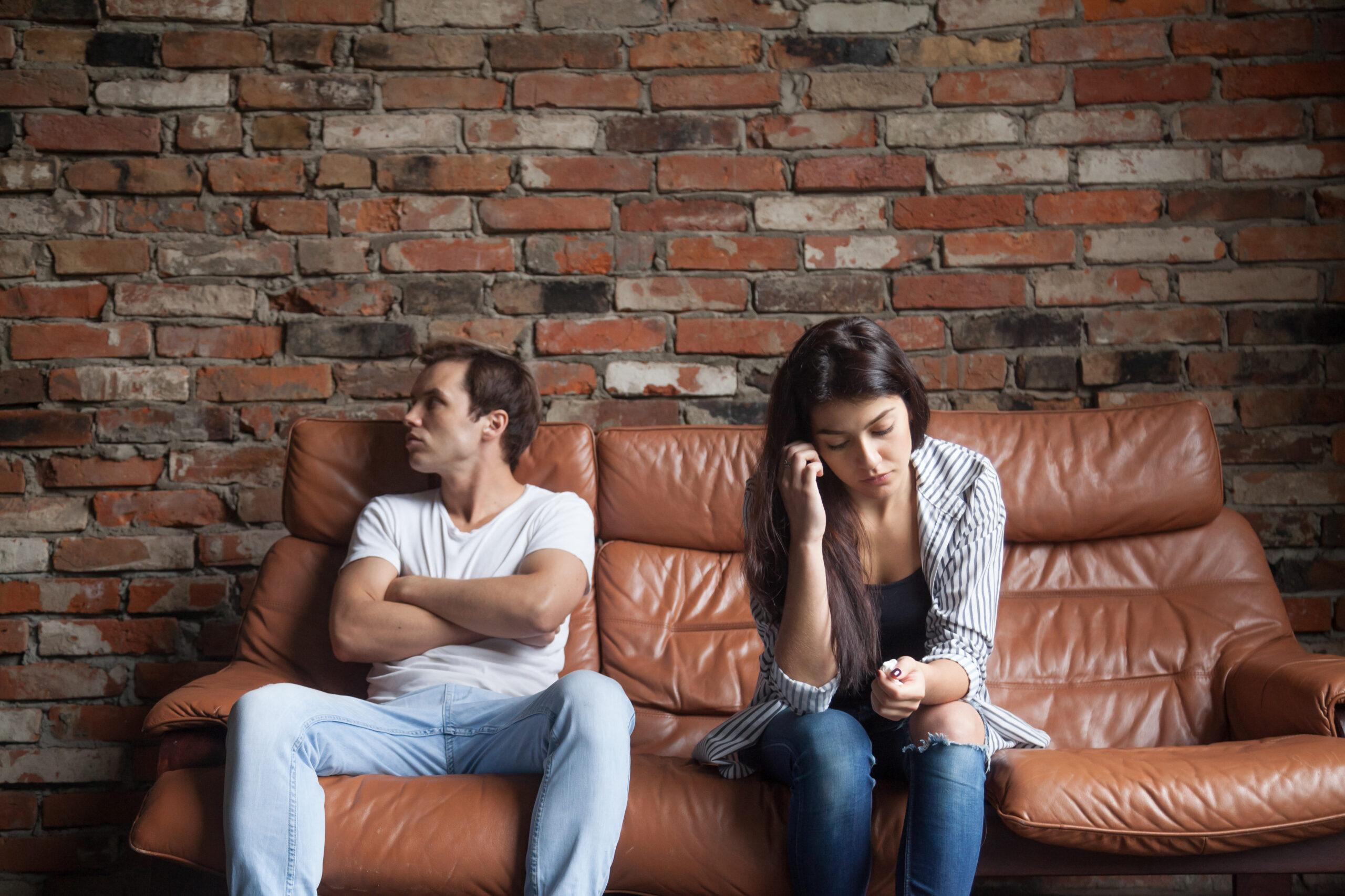 """Evliliği Çıkmaza Götüren En Büyük Hatalar """"Mahşerin 4 Atlısı"""""""